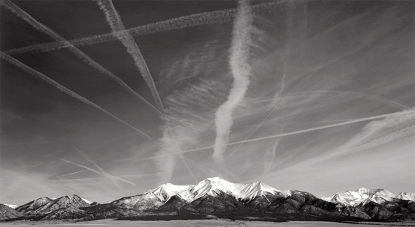 """Contrails,"" an image by former advertising photographer Brian Kosoff. © Brian Kosoff"