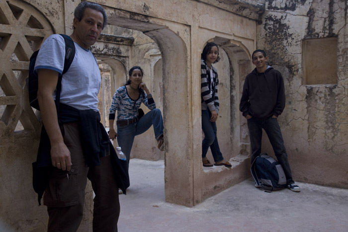 Ed Kashi and his family on vacation, in Jaipur, India. © Ed Kashi