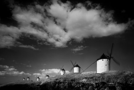 CONSUEGRA SPAIN B&W